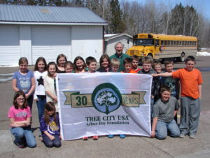 Gilman Arbor Day with students